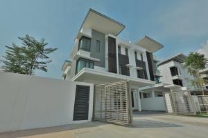 Lambaian Residence - Picture 1
